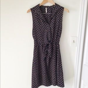 Willow and Clay Navy Blue Sleeveless Dress